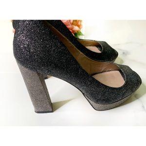 VINCE CAMUTO Black Glitter Polona Platform Heels 7